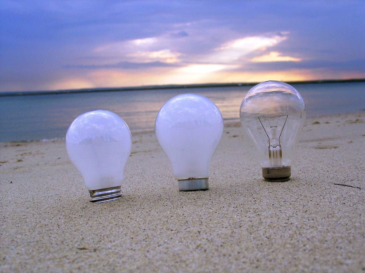 žiarovky, pláž