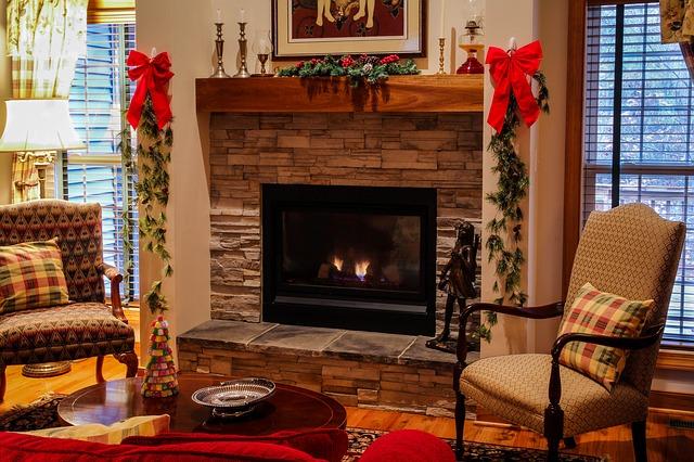 fireplace-558985_640