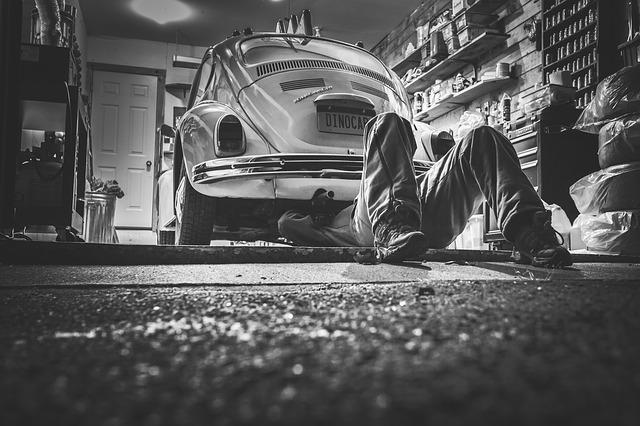 opravář aut